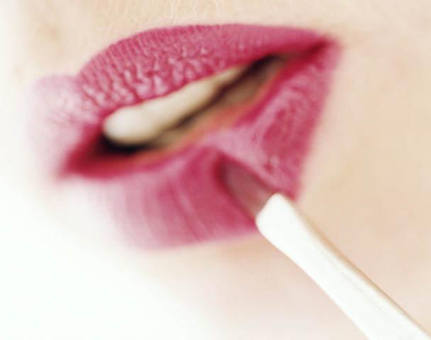 Макияж для губ чтобы увеличить губы